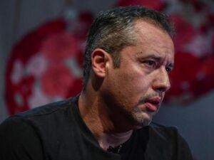 Um mês antes de ser escalado para a Funarte, Alvim havia alarmado o meio artístico ao anunciar, no Facebook, que estava querendo reunir artistas conservadores para criar uma máquina de guerra cultural