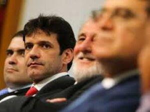 Álvaro Antônio pode se tornar réu e passar a responder a processo