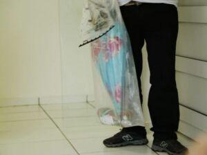 Guarda-chuva encontrado próximo no local do achado de cadáver