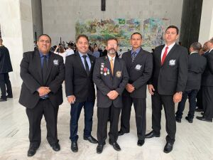 Com a presença do professor de Chuck Norris, lutadores de MS foram homenageados em SP