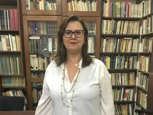A escritora Celina Moraes