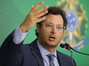 O chefe da Secom, Fabio Wajngarten, faz pronunciamento nesta quarta (15) no Palácio do Planalto
