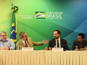 O ministro da Educação, Abraham Weintraub, e o presidente do Inep, Alexandre Lopes