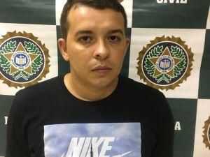 Elton Leonel Rumich da Silva, conhecido como Galã, foi preso na terça-feira, em um estúdio de tatuagem em Ipanema, no Rio de Janeiro