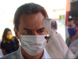 Prefeito Marcos Trad (PSD) esteve em blitz no Terminal Morenão na manhã desta segunda-feira (1º)