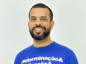 Professor cria ação solidária para ajudar alunos da rede pública no Enem