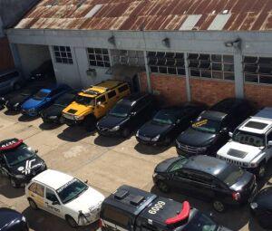 Polícia Civil do Rio Grande do Sul apreendeu 130 frascos contendo 90 cápsulas de fosfoetalonamina falsa em esquema de lavagem de dinheiro