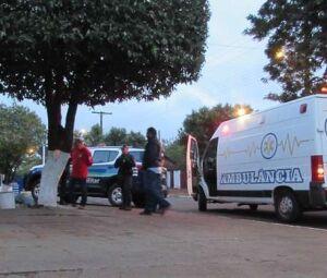 Corpo do homem foi encontrado na calçada