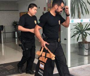 Policiais federais recolheram documentos de agências de publicidade e na Governadoria. Gastos com publicidade somaram mais de R$ 250 milhões no primeiro mandato de Reinaldo