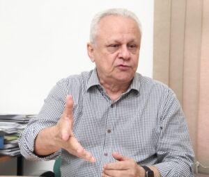 Responsável por administrar o déficit da previdência, Jorge Martins é abençoado no serviço público em meio às medidas para restringir pagamentos de salários