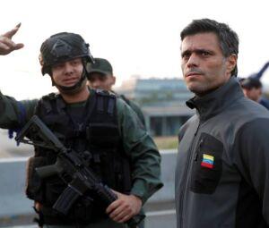 Sem volta: com apelo a militares rebeldes, líderes oposicionistas só podem terminar no poder ou na cadeia