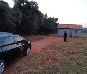 Policiais do Gaeco cumprindo mandado de prisão nesta manhã