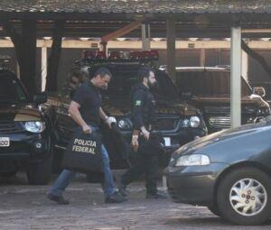 Operação Trunk, da PF, prendeu os acusados de integrar organização criminosa que tinha proteção de policiais rodoviários federais