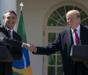 Trump acusa Brasil e Argentina de desvalorizarem moeda para tirar vantagem do dólar forte