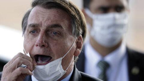 """Bolsonaro compara Pazuello a Madetta e está irritado. """"está gostando dos holofotes"""""""
