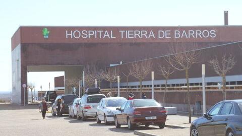 """Família denuncia morte por Covid-19: mulher """"espumava pela boca"""", mas foi ignorada por médicos"""