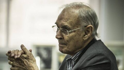 Negacionista, senador bolsonarista morre devido a Covid-19