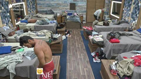 """""""Sucuri do pantanal"""", Mariano mostra demais na Fazenda 12 e leva fãs a loucura"""
