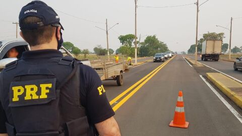 PRF realiza Operação Finados 2020 nas rodovias federais no MS