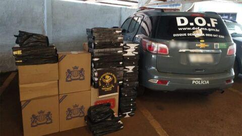 Mulher é presa pelo DOF com 950 pacotes de cigarro guardados na sua casa em Dourados