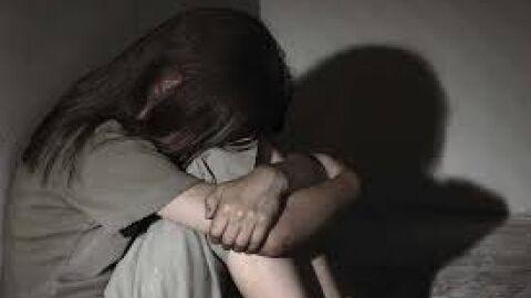 Padrasto é flagrado abusando da enteada de 12 anos em Corumbá