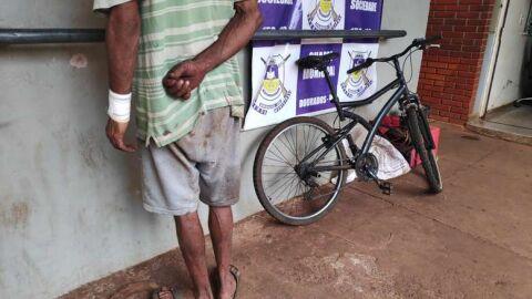 Morador de rua tenta furtar duas vezes se da mal e vai preso
