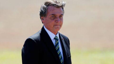 Sem entender que vacina será na verdade produzida no Brasil, seguidores criticam Bolsonaro