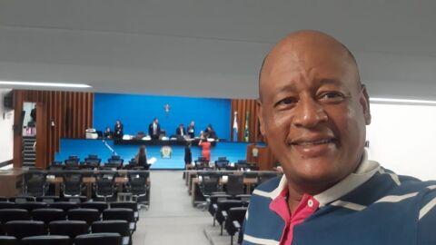 """GRAVADO: """"Eu tô fofo, papai"""", dirigente do PT confessa que só foi candidato para ganhar dinheiro"""