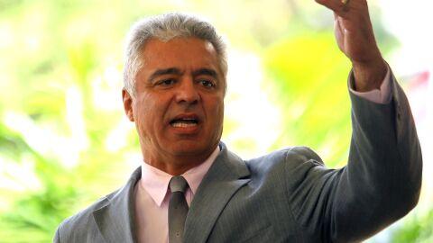 Vídeo: Bolsonaristas chamam Olímpio de traidor, ele reage: 'ladrão de rachadinha'