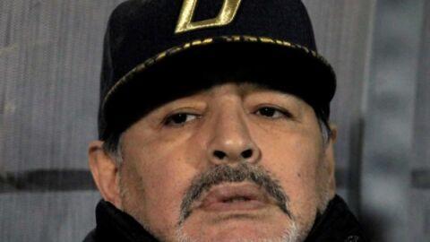 Jogador Diego Maradona, morre aos 60 anos nesta 4ª-feira