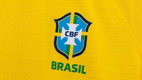 """Seleção Brasileira feminina estreia camisa sem estrelas do masculino: """"Vamos conquistar nossa"""""""