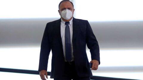 Pazuello será chamado para explicar testes 'encalhados'