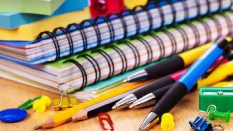 Procon notifica sindicato e escolas por lista de materiais e venda casada