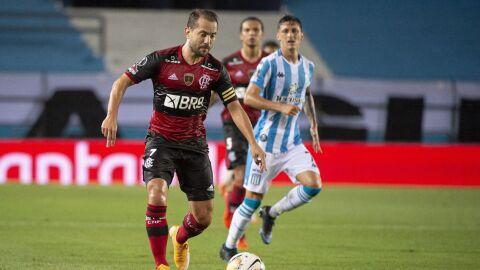 Flamengo enfrenta o Racing em busca de vaga nas quartas da Libertadores
