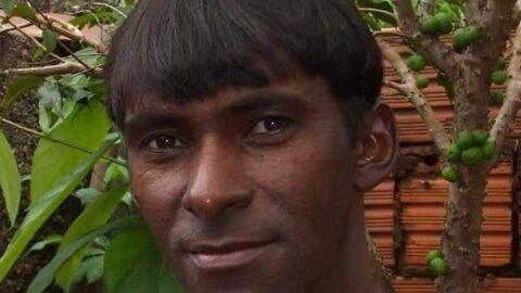 Homem é encontrado morto a golpes de faca e companheira teria confessado o crime