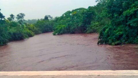 Alerta: Rio Miranda em Bonito atinge nível de emergência