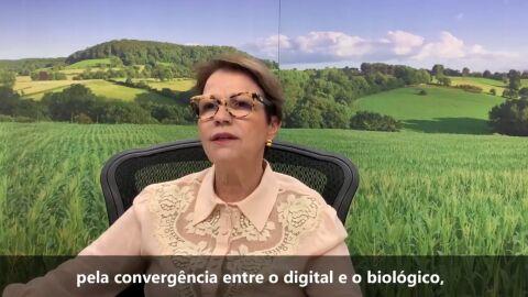Tereza Cristina prevê convergência entre digital e biológico em 10 anos