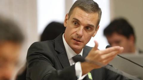 """Após conflitos com Bolsonaro, presidente do BB """"pede para sair"""""""