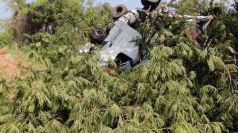 Polícia identifica caminhoneiro que morreu preso as ferragens em acidente na BR-267