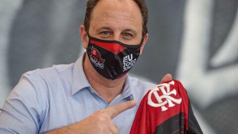 Torcedores pedem saída do técnico após Flamengo ser campeão do Brasileirão