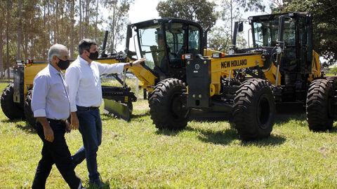 """""""Olhar municipalista é fundamental para o desenvolvimento"""", diz Eduardo Riedel"""