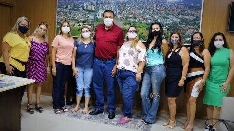 Carlão promete lutar pela vacinação prioritária à profissionais da educação