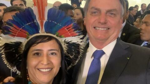 Atacando Lava Jato, Bolsonaro destaca reportagem escrita por Sandra Terena, esposa de Eustáquio