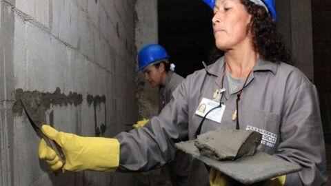 Na construção civil, na indústria e agropecuária: elas estão em 36% do mercado de trabalho em MS