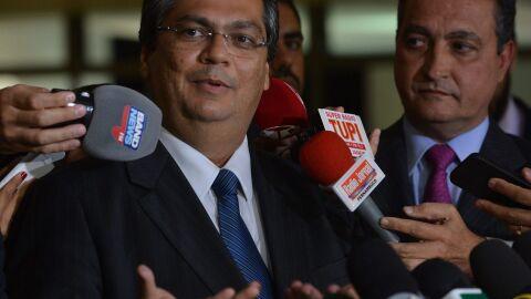 Queixa-crime de Dino contra Bolsonaro será votada; presidente pode ser afastado