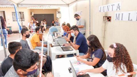 Moradores do Jardim Vida Nova recebem os serviços da ação social Itinerante