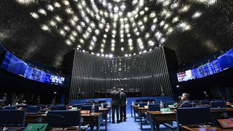 Senado aprova PEC para retorno do auxílio emergencial