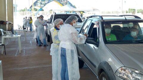 Prefeitura em MS dará R$ 300 a mais no salário de servidores da Saúde