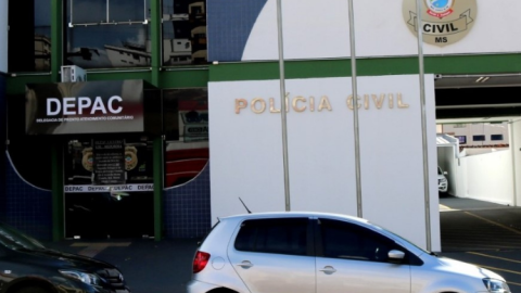 Golpe contra pessoas que procuravam emprego faz 20 vítimas; suspeita lucrou R$ 560