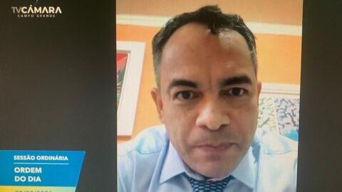 Dr. Sandro Benites usou R$ 4 mil em recursos de cota feminina em 2020
